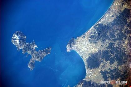 L'Isola d'Elba dallo spazio: foto dell'astronauta Paolo Nespoli
