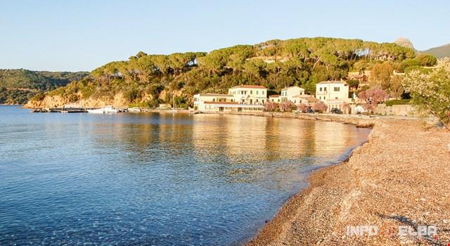 Magazzini beach