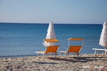 Arenili di sabbia dorata all'Isola d'Elba