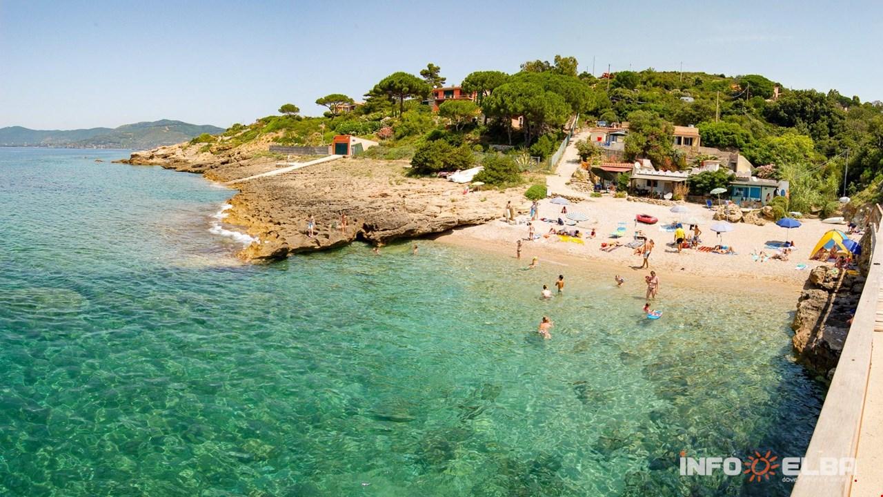 Cartina Isola Delba Capoliveri.Spiaggia Di Stecchi All Isola D Elba A Capoliveri