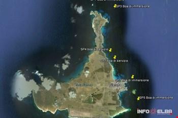 Posizionamento boe per immersioni subacquee all'isola di Pianosa